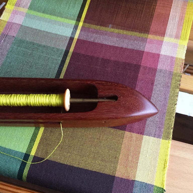 Handwoven zipper bag bordeaux loom