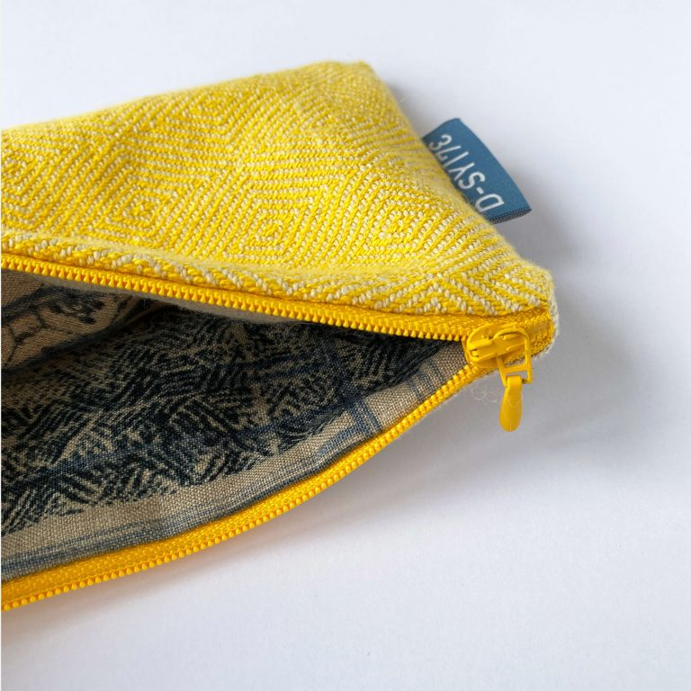 Handwoven zipperbag point twill x plain weave 06ZB